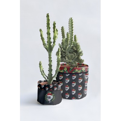 Set 2 Flower Pot Covers Skull