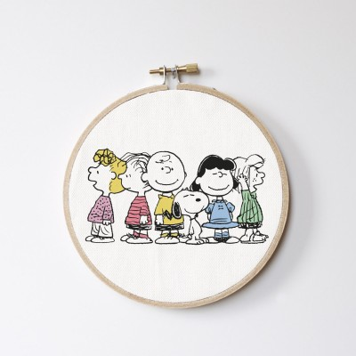 Charlie Brown Friends Stitch Hoop